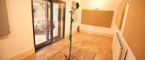 studio-acoustique-ecoute-enregistrement